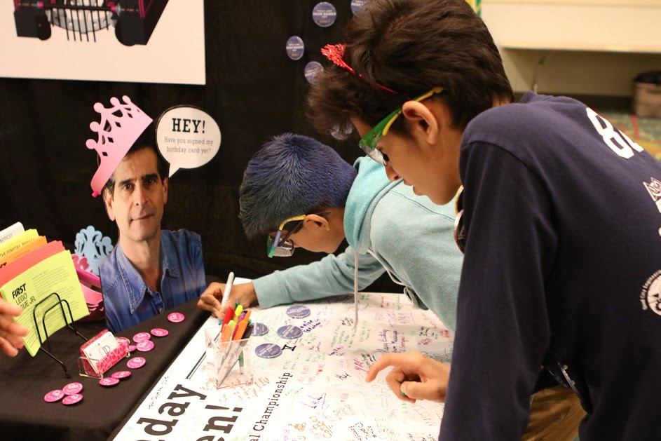 Cool FTC kids signing the Dean Kamen birthday card